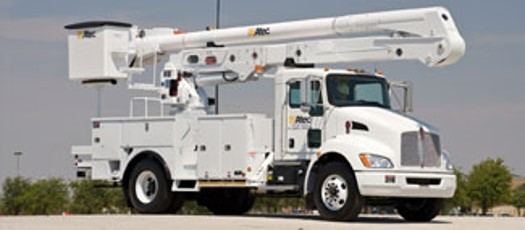 Photo from Altec Industries of the style of bucket truck Grant PUD will order
